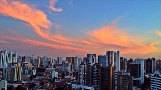 Big city Fortaleza / @fmarinheiro