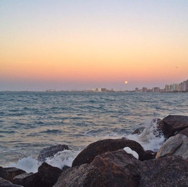 Praia de Iracema / @fmarinheiro