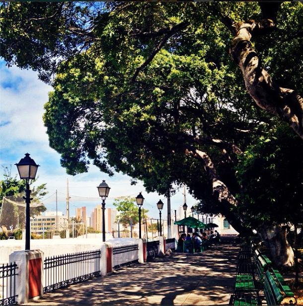 Praça dos Mártires / @fmarinheiro