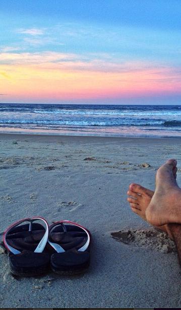 Life is better in flip flops / @fmarinheiro