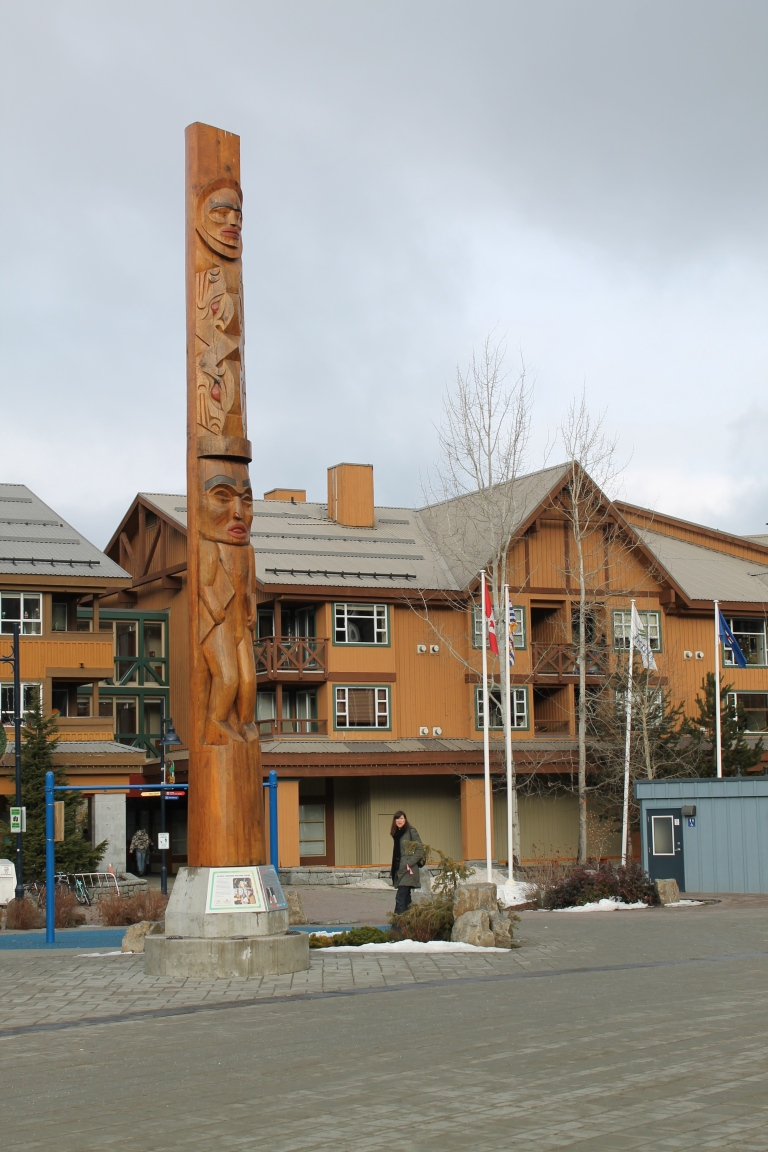 Whistler Olympic Plaza / Vila Olímpica de Whistler